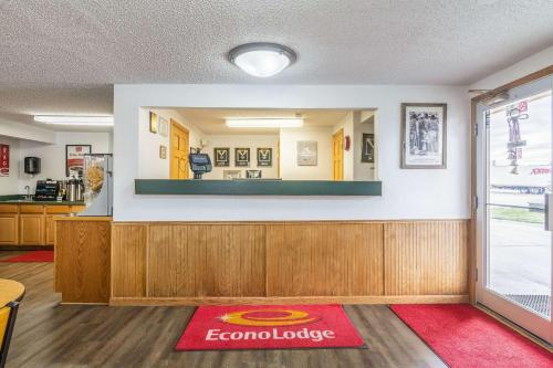 Econo Lodge Miles City - Miles City, MT 59301