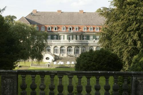 Kasteel-overnachting met je hond in Jagdschloss-Bellin - Bellin