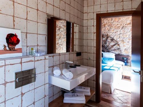 Double Room Hotel Molí de l'Escala 18