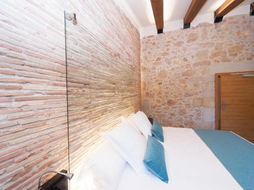 Double Room Hotel Molí de l'Escala 11