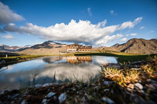 Sunny Valley Mountain Lodge Bormio