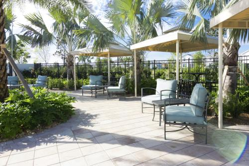 Lovely Vacation Townhouse with Pool SL3103 - image 11