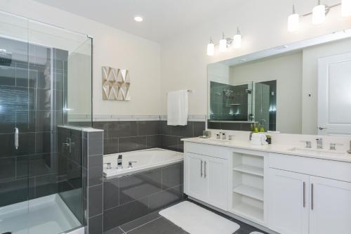 Top Deluxe Apartment at Storey Lake (262817) Main image 1