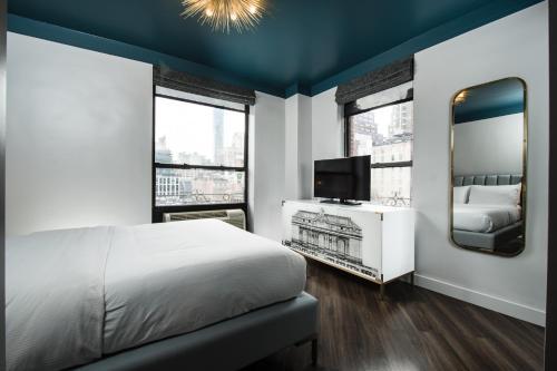 The Hotel @ New York City Номер с кроватью размера «queen-size»