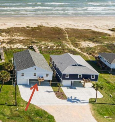 Beachfront Bliss - Accommodation - Galveston