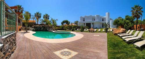 . Apartamentos Turisticos Bahia De Trafalgar