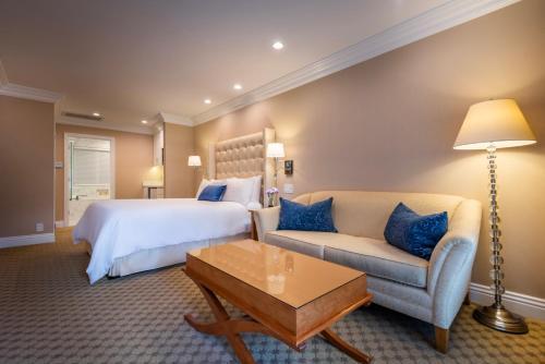 Beverly Hills Plaza Hotel & Spa - image 5