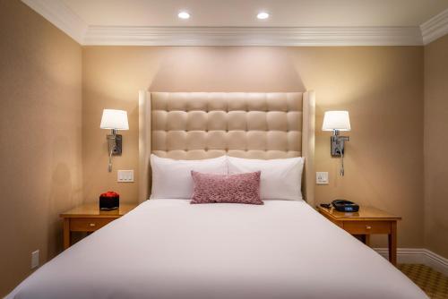Beverly Hills Plaza Hotel & Spa - image 3