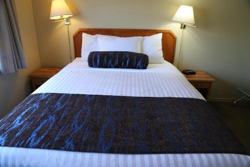 Slumber Lodge - Accommodation - Penticton