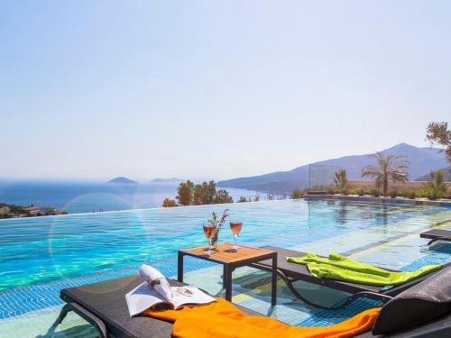 Kalkan Kalkan Villa Sleeps 8 Pool Air Con WiFi online rezervasyon