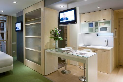 Ako Suites Hotel photo 6