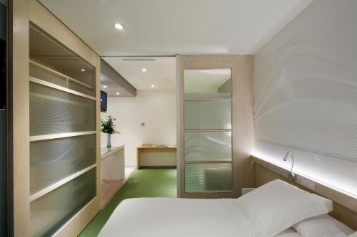 Ako Suites Hotel photo 7