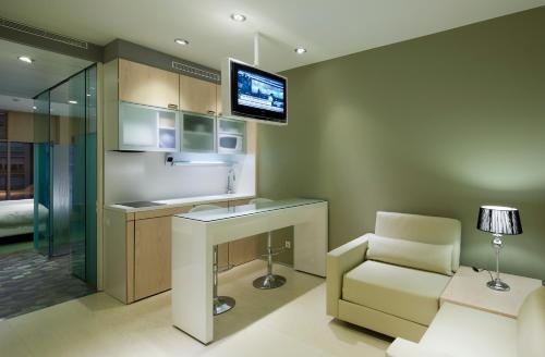Ako Suites Hotel photo 10