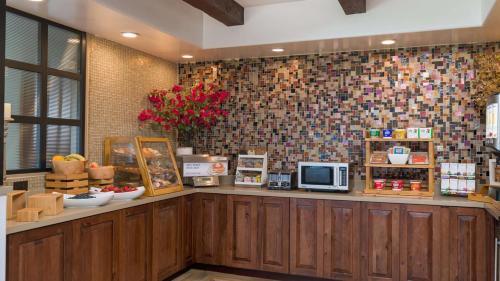 Best Western Plus Beach View Lodge - Carlsbad, CA CA 92008