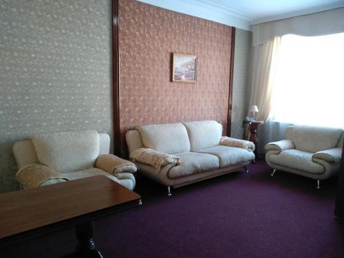 Hotel Zhambyl, Bayzakskiy