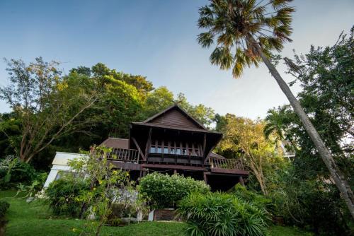 Patong Seaview Estate by Chattha Patong Seaview Estate by Chattha