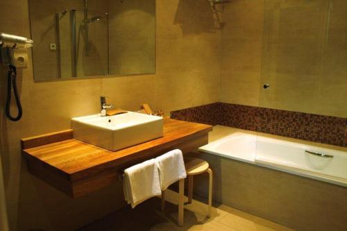 Suite mit Gartenblick Hotel Rural Las Rozuelas 8