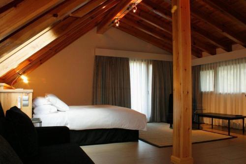 Suite Hotel Rural Las Rozuelas 13