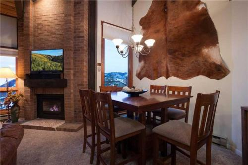 Lodge C 305 - Steamboat Springs, CO 80487