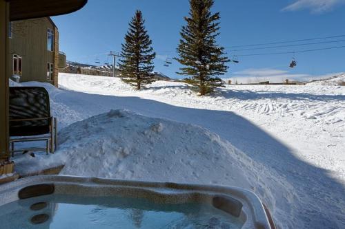 Snowmass_deerbrook_99b3 - Snowmass Village, CO 81615