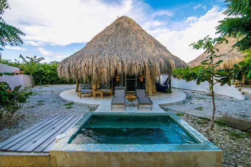 Playa Mamon #1-1, Bocachica, Isla Tierra Bomba, Cartagena, Bolivar, Colombia.
