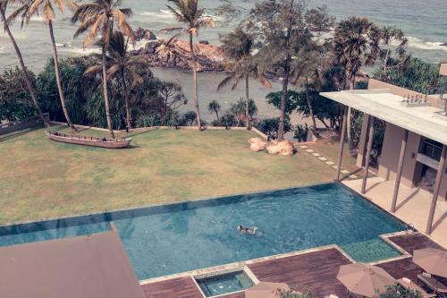 30 Park Rd, Galle 80000, Sri Lanka.