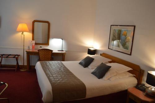 Hotel Royal Elysées photo 66