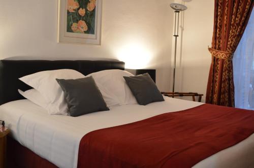 Hotel Royal Elysées photo 70