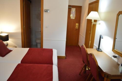 Hotel Royal Elysées photo 72