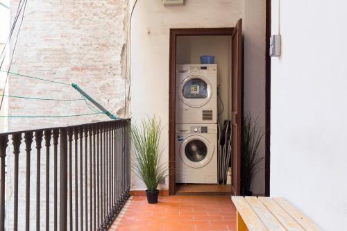 KeyBarcelona Plaza Universidad Apartment - Gran Via photo 74
