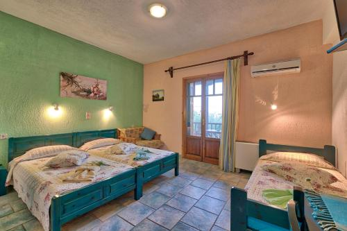 Studio s pogledom na vrt (3 odrasli) (Studio with Garden View (3 Adults))