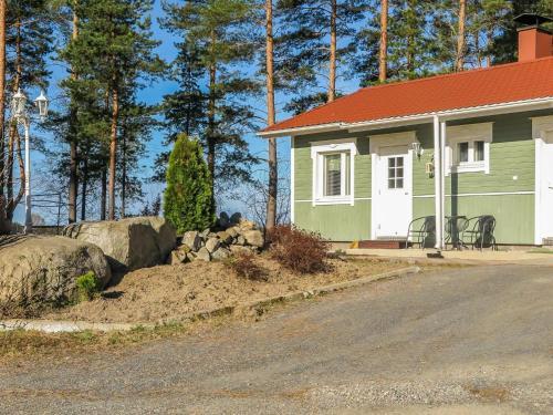 Holiday Home Erä-korpisen mökit/marjaniemi
