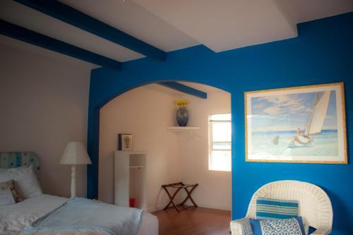 The Islander Inn - Bigfork, MT 59911