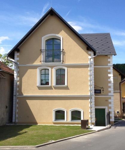 Old House - Accommodation - Hradec nad Moravici