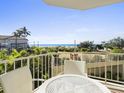 2 BED APT SAND CASTLES ON CURRUMBIN BEACH