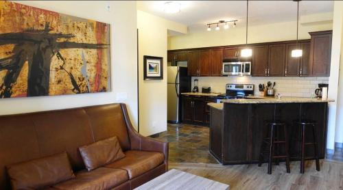 Canmore Mountain Apartment - Canmore, AB T1W 0C9