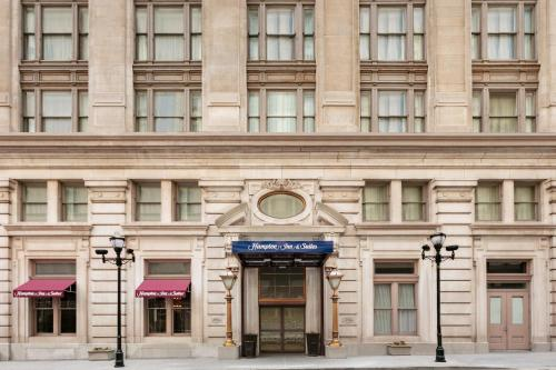 Hampton Inn & Suites Baltimore Inner Harbor in Baltimore