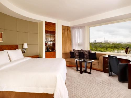 The Park Tower Knightsbridge, a Luxury Collection Hotel photo 5