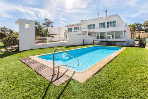 Sol Troia Villa Sleeps 26 Pool Wifi