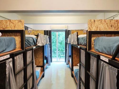 Ninety 9 Hostel impression