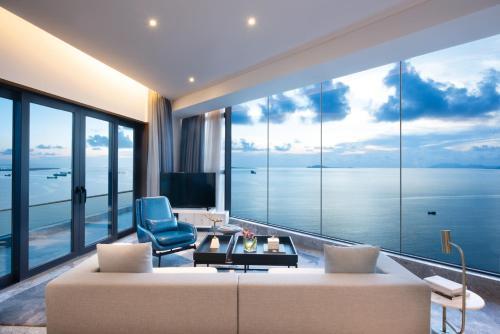 Sanya Rock Platinum Sea View Hotel