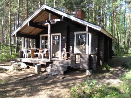 Kalliomökki - Accommodation - Puumala