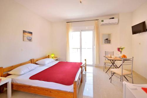 New Town, Downtown Apt 2 Balcony AC, Pension in Rhodos