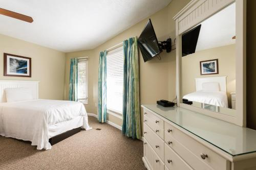 Photo - Country Club Villas by Capital Vacations