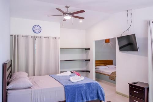 Zula Inn Aparthotel room photos