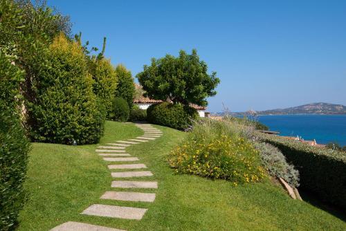 Via Monti Corru, 07020 Cannigione, Sardinia, Italy.