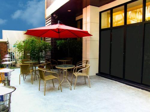 iCheck Inn Silom photo 13