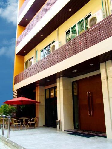 iCheck Inn Silom photo 15
