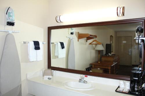 Gazebo Inn - Branson, MO MO 65616