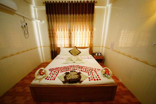 Golden World Hotel, Sagaing